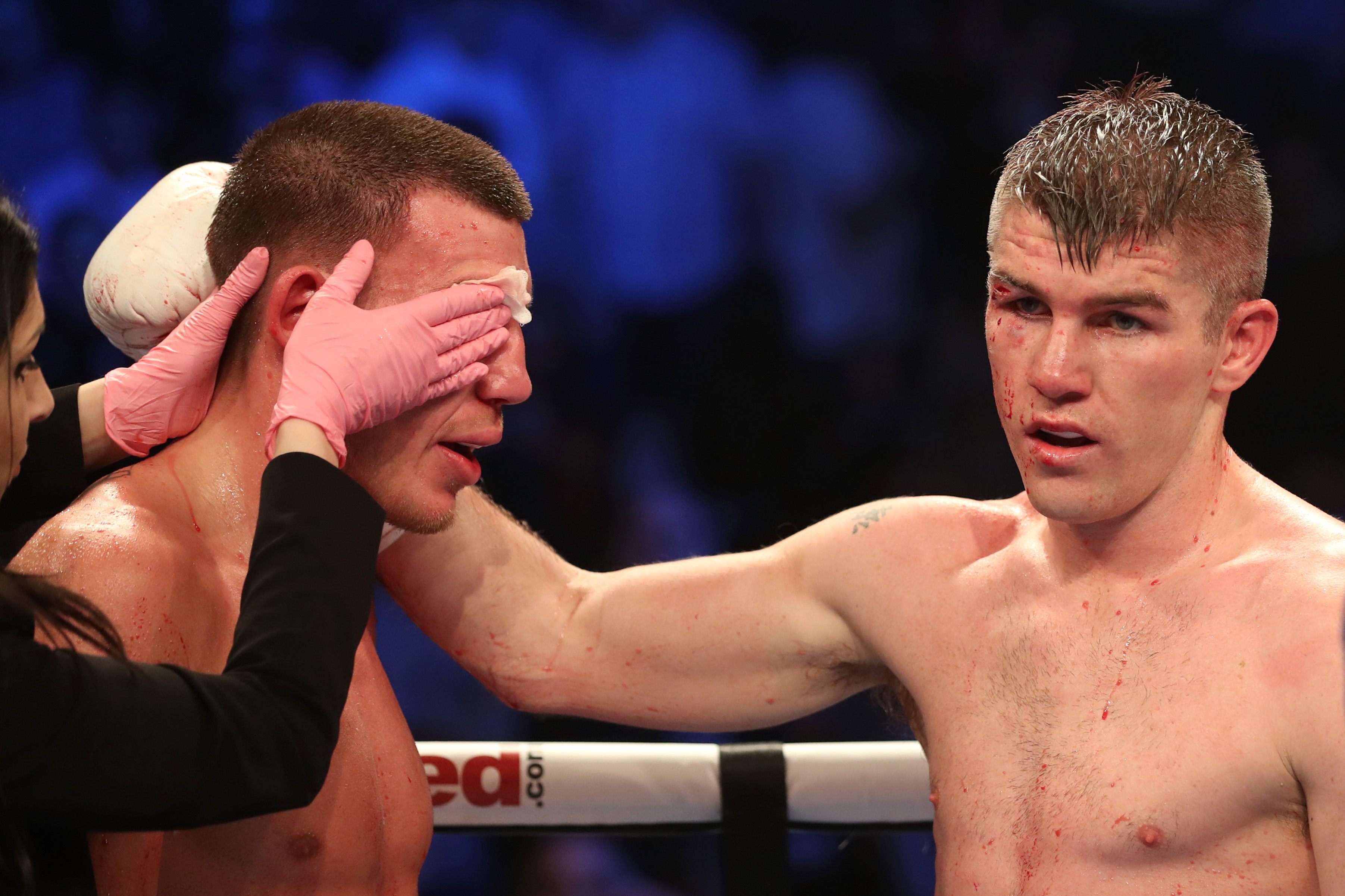 Severe cut forces Liam Williams to retire from world title bout against Liam Smith