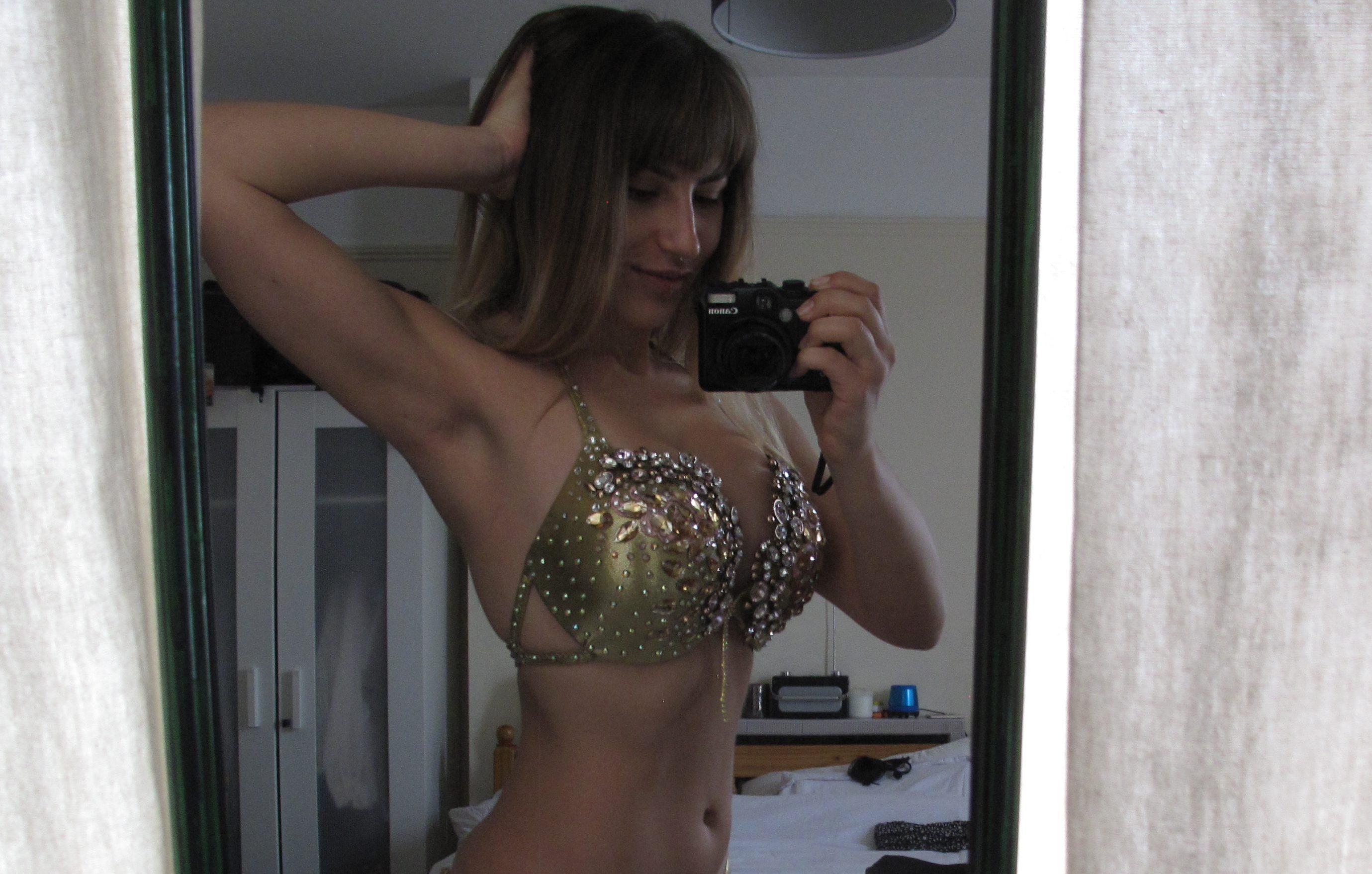 My journey to Miss Bikini Body: Feeling like a stage Queen in my gold bikini