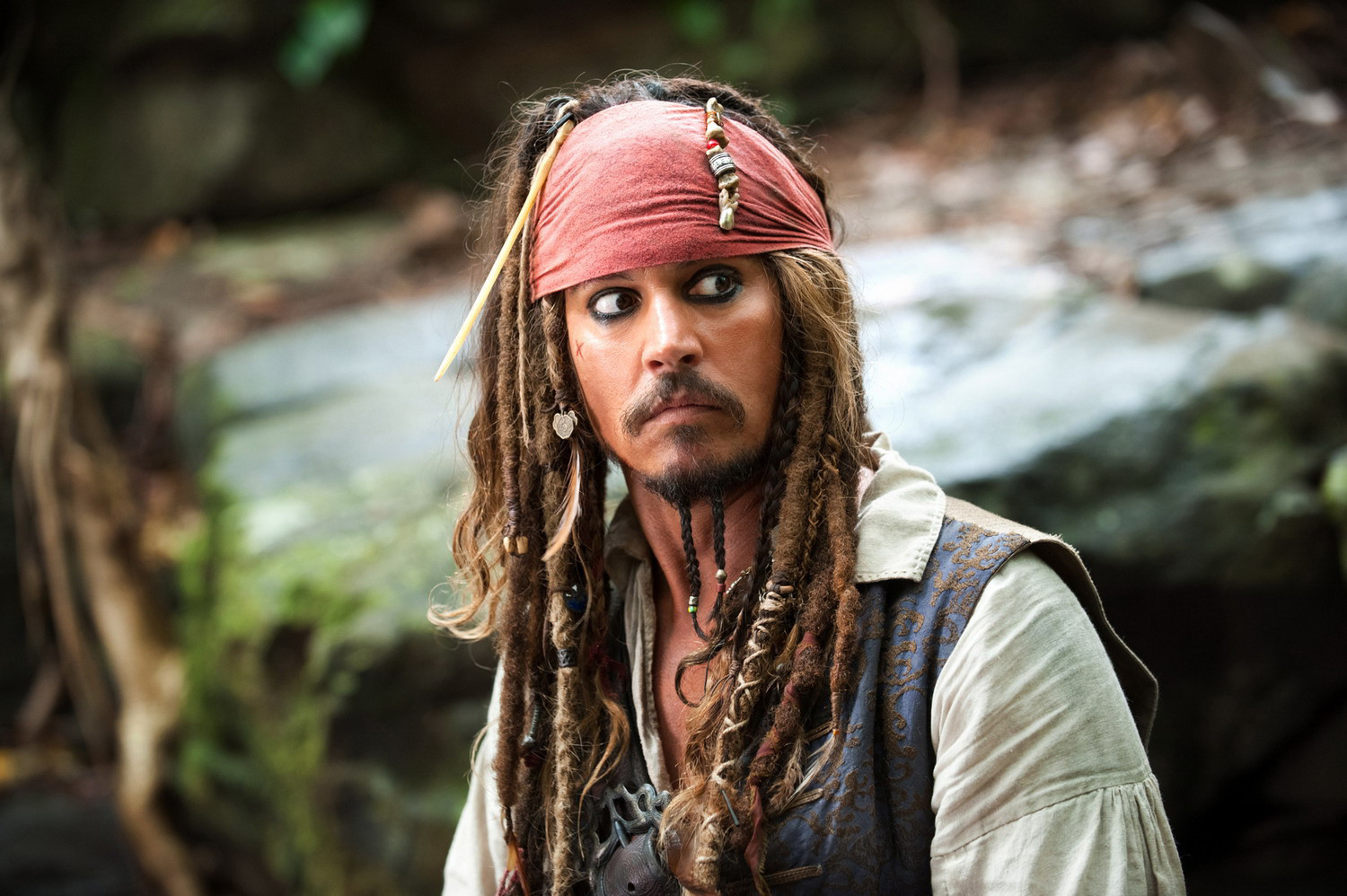 Pirates Producer: Johnny Depp carries his Jack Sparrow costume everywhere: 'It's a thing he really loves'