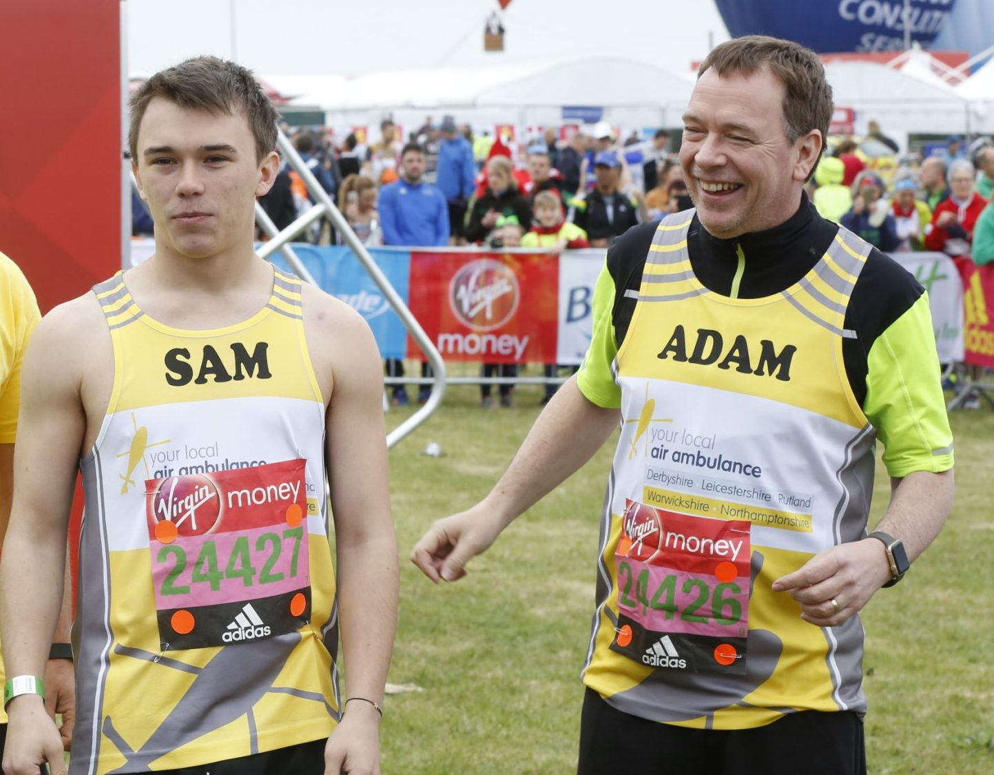 EastEnders star Adam Woodyatt sets off on the London Marathon with son – and he's hoping to finish within seven hours