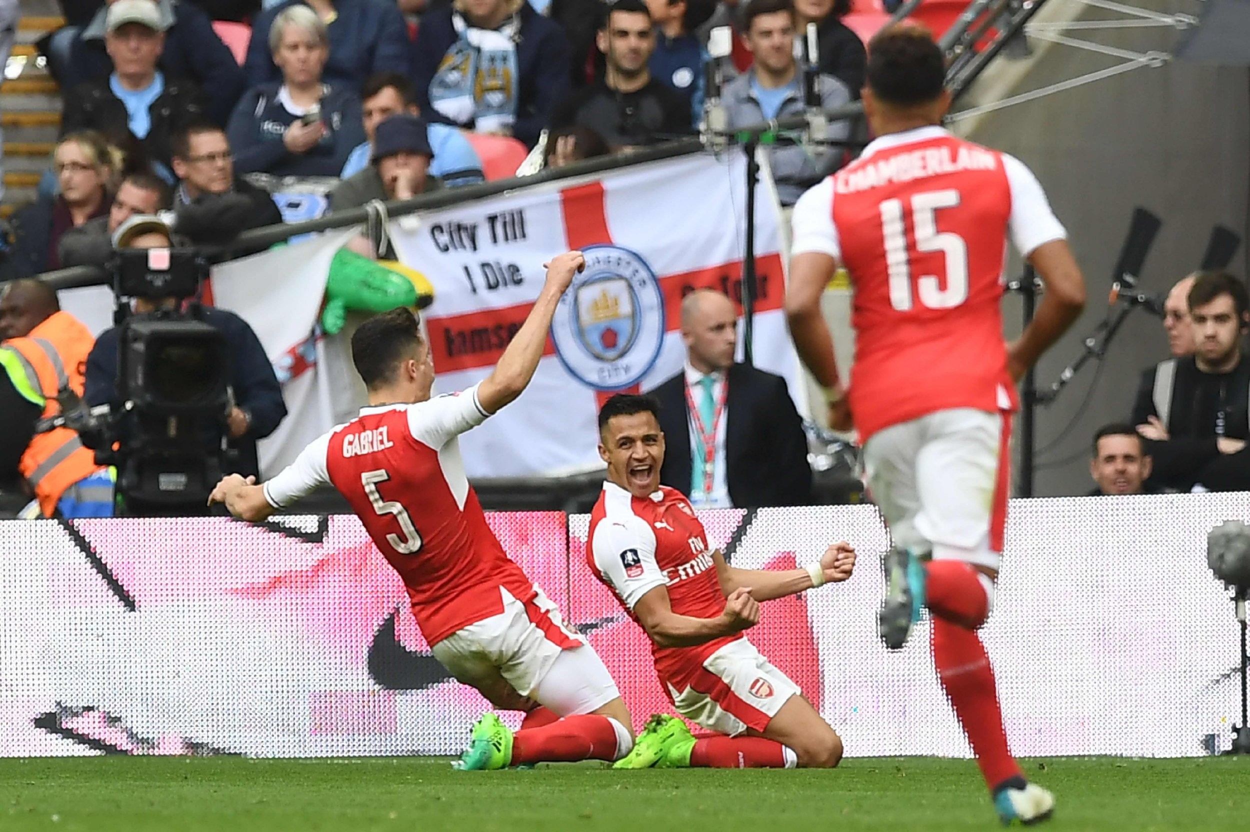 Arsenal 2 Man City 1 player ratings: Alexis Sanchez fires Gunners into the final against Chelsea