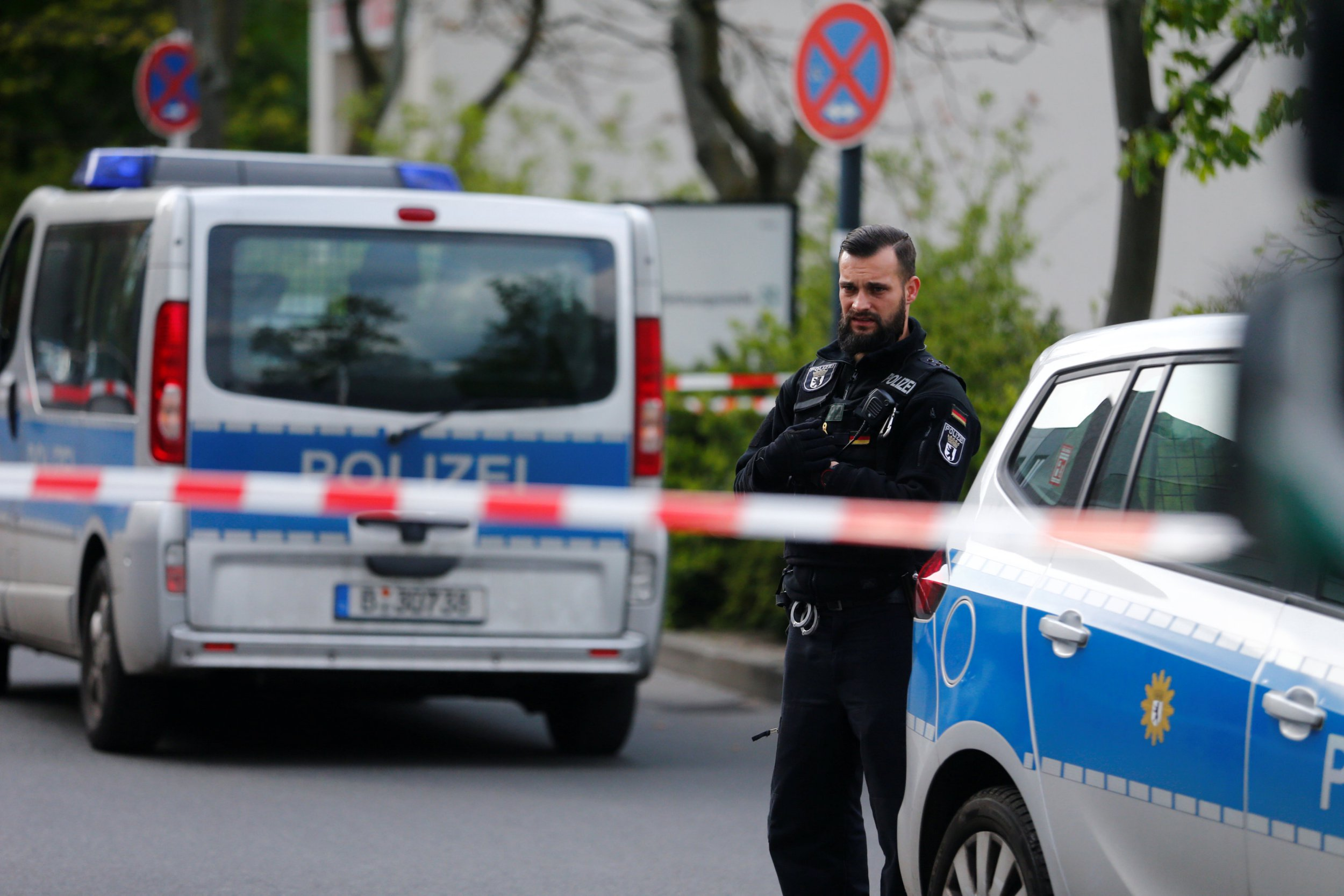 Armed police shoot man after 'threat' at Berlin hospital