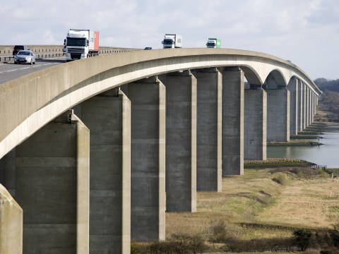 Driver gets 99 points in three weeks for speeding over bridge
