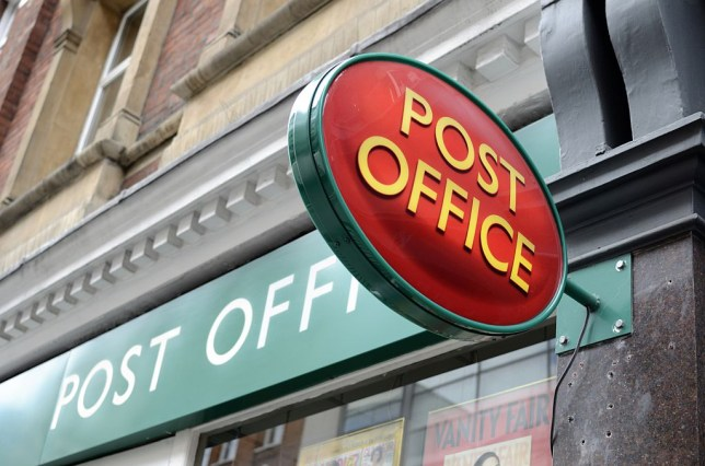 post office opening hours on christmas eve
