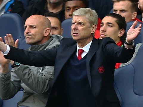 Arsenal struggling because of Arsene Wenger's contract situation, says Martin Keown