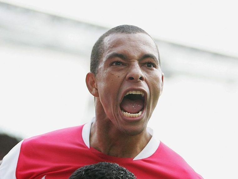 Arsenal hero Gilberto Silva calls on Arsene Wenger to replace mentally weak squad