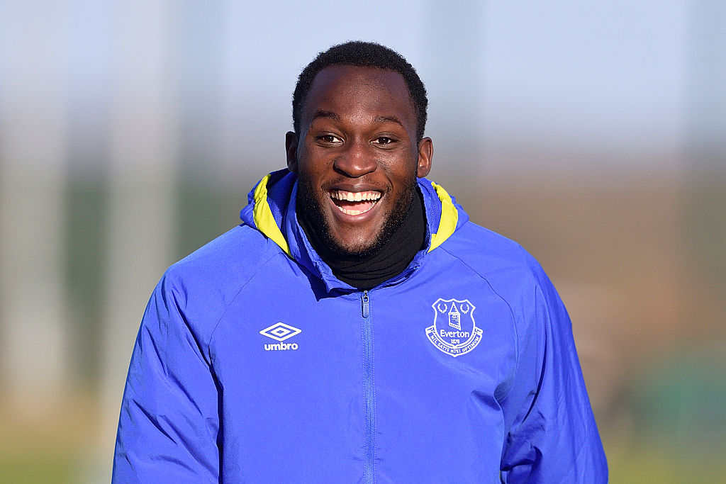 Manchester United have £75m bid accepted for Romelu Lukaku as transfer edges closer