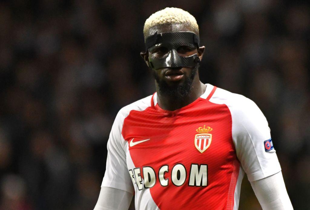 Tiemoue Bakayoko in London to complete Chelsea move