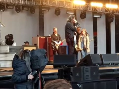 Watch Dave Grohl's 8-year-old daughter play with Foo Fighters to a 20,000 strong crowd