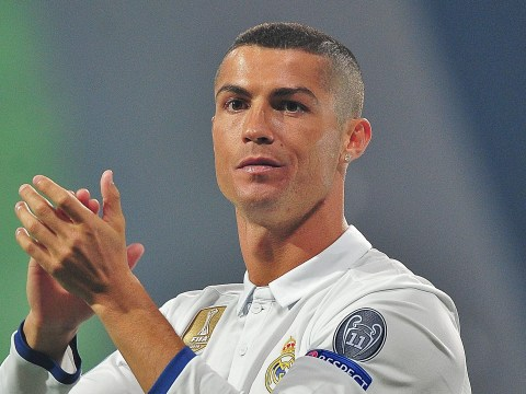 Cristiano Ronaldo planning Real Madrid stay after Manchester United transfer link