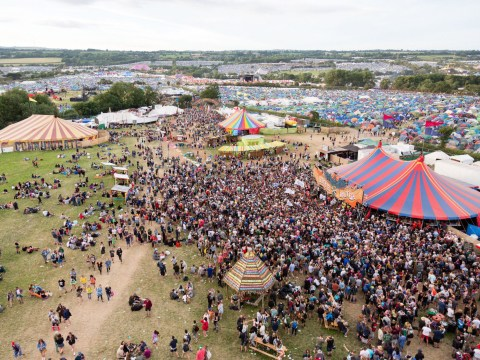 10 pictures of Glastonbury day two to give you serious fomo