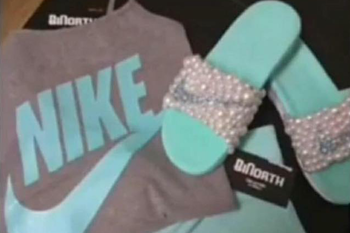Is this Nike sportswear grey and blue
