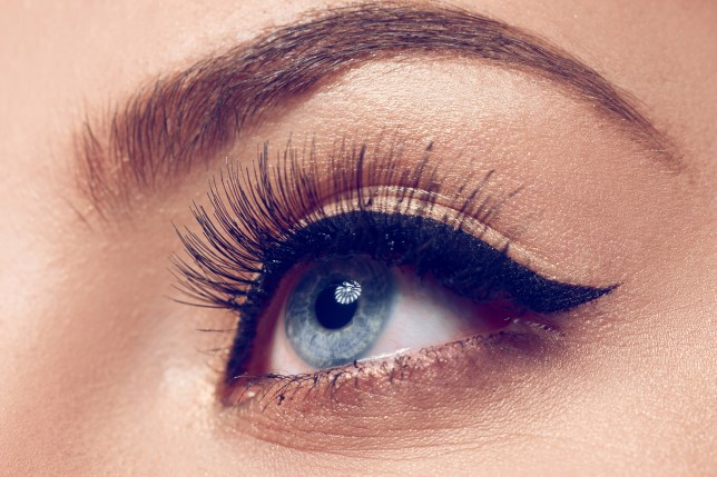 How To Get The Perfect Cat Eye Liner Every Time With