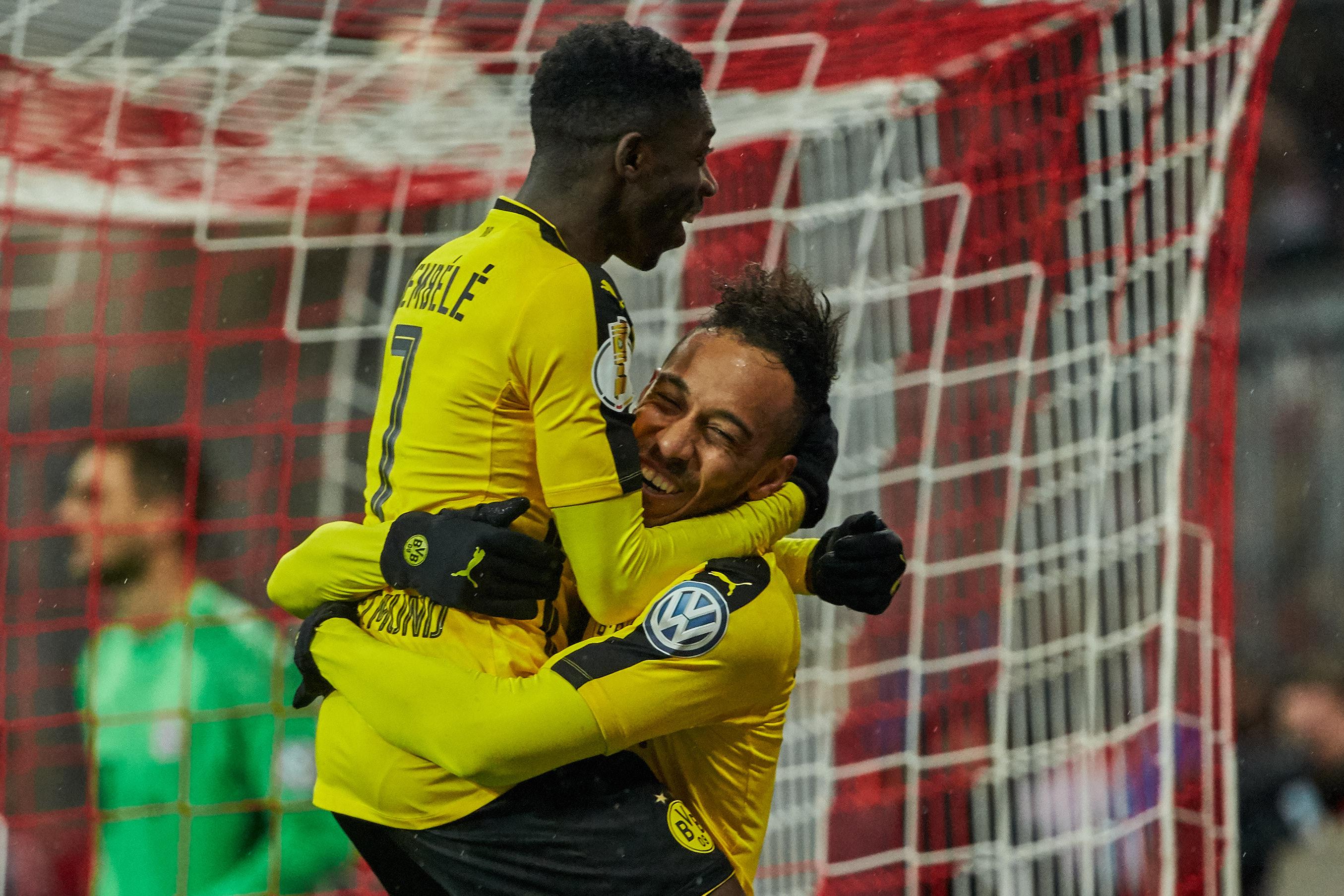 Chelsea in Pierre-Emerick Aubameyang transfer talks after Romelu Lukaku snub
