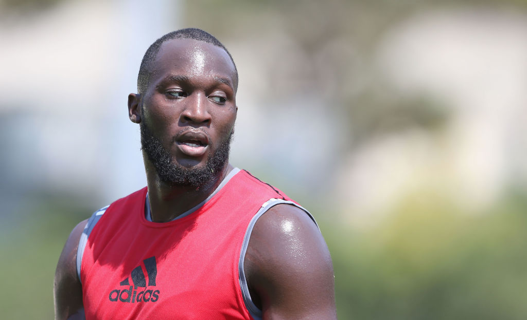 Romelu Lukaku shows off his terrible touch in first Manchester United training session