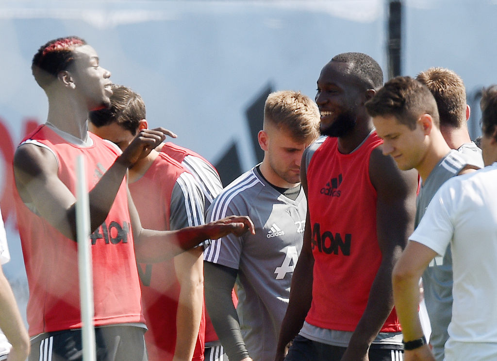 Manchester United recruit Romelu Lukaku takes part in first training session with Paul Pogba