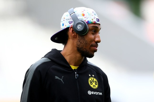 Chelsea transfer news: Dortmund set Pierre-Emerick Aubameyang