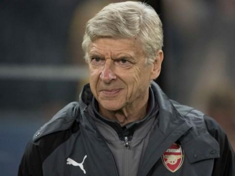 Arsenal eye double swoop for Celtic striker Moussa Dembele and Southampton defender Virgil van Dijk