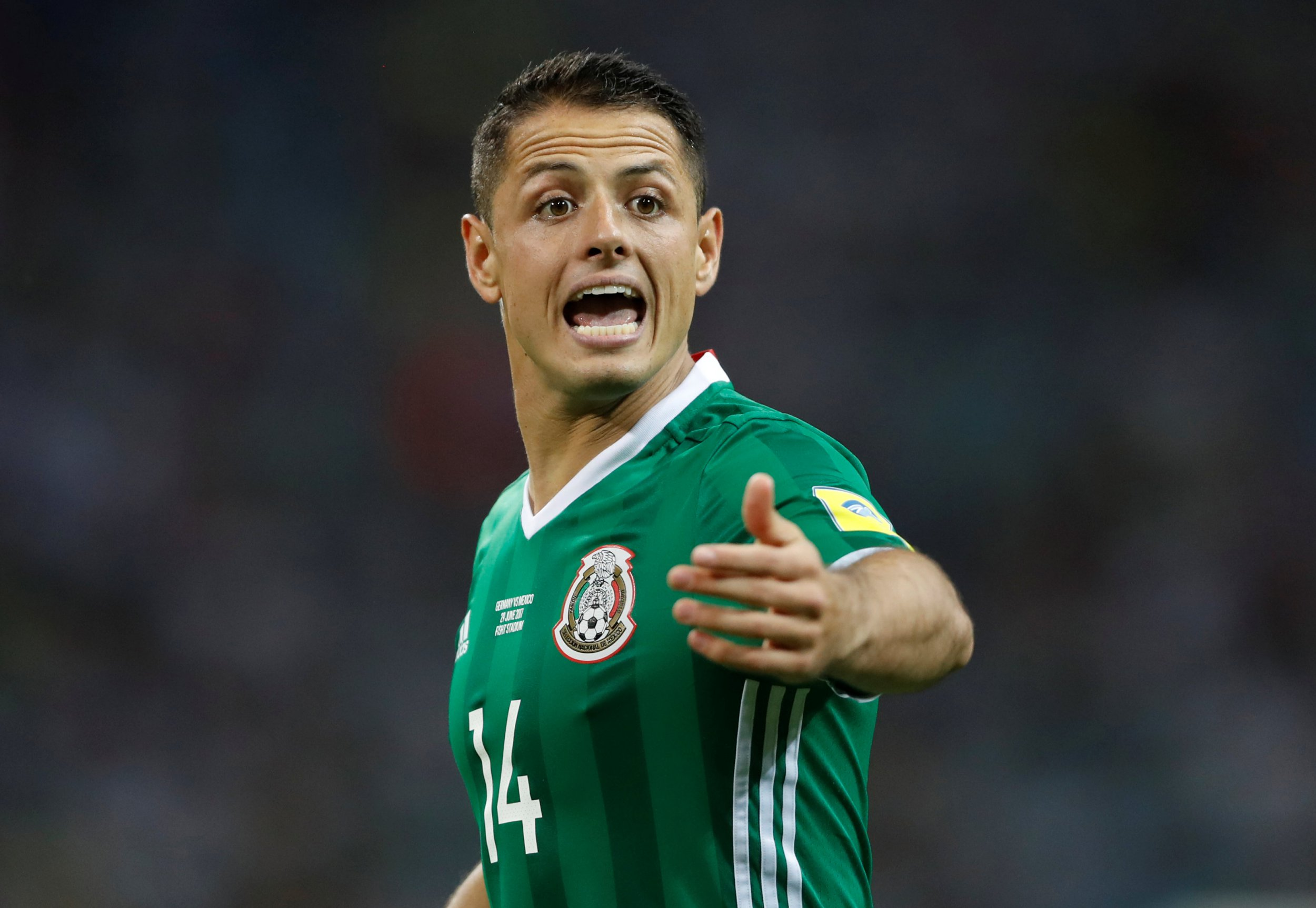 Javier Hernandez sends message to Jose Mourinho during West Ham unveiling