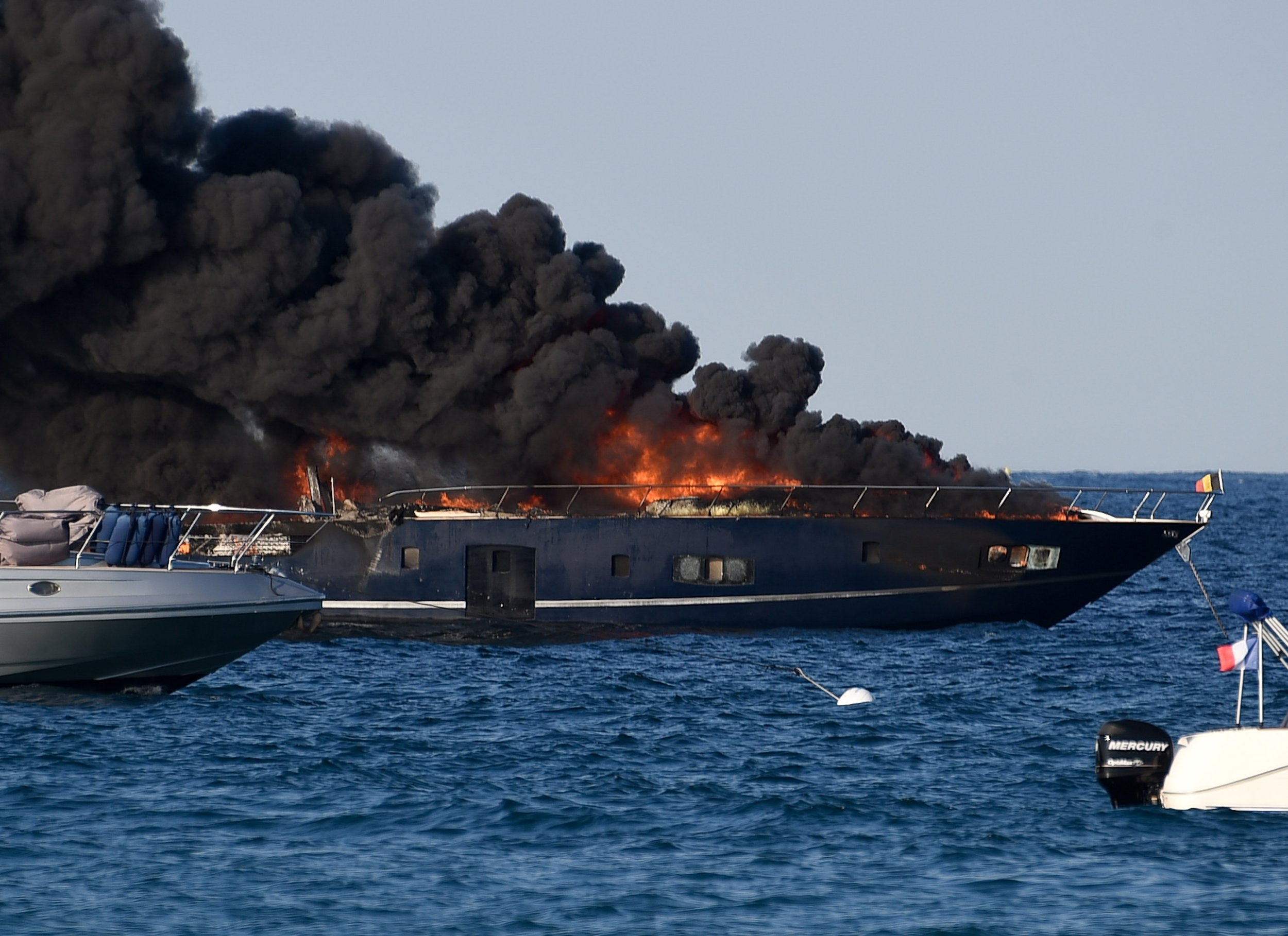 Luxury yacht bursts into flames in St Tropez