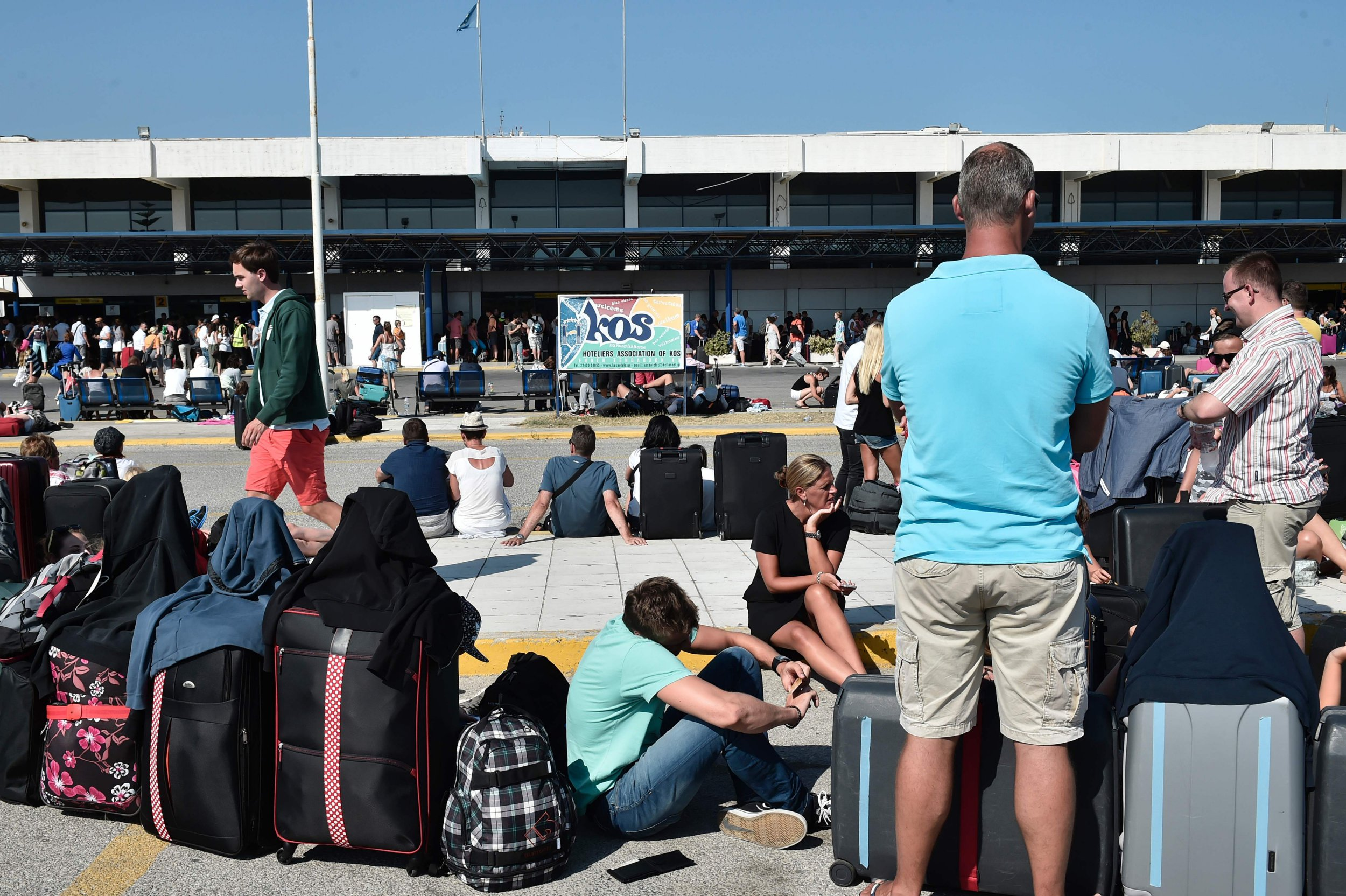 Hundreds of tourists flee to Kos airport after 6.5 magnitude earthquake