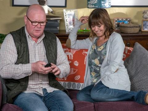 Emmerdale spoilers: Paddy Kirk lands Rhona Goskirk in a humiliating situation