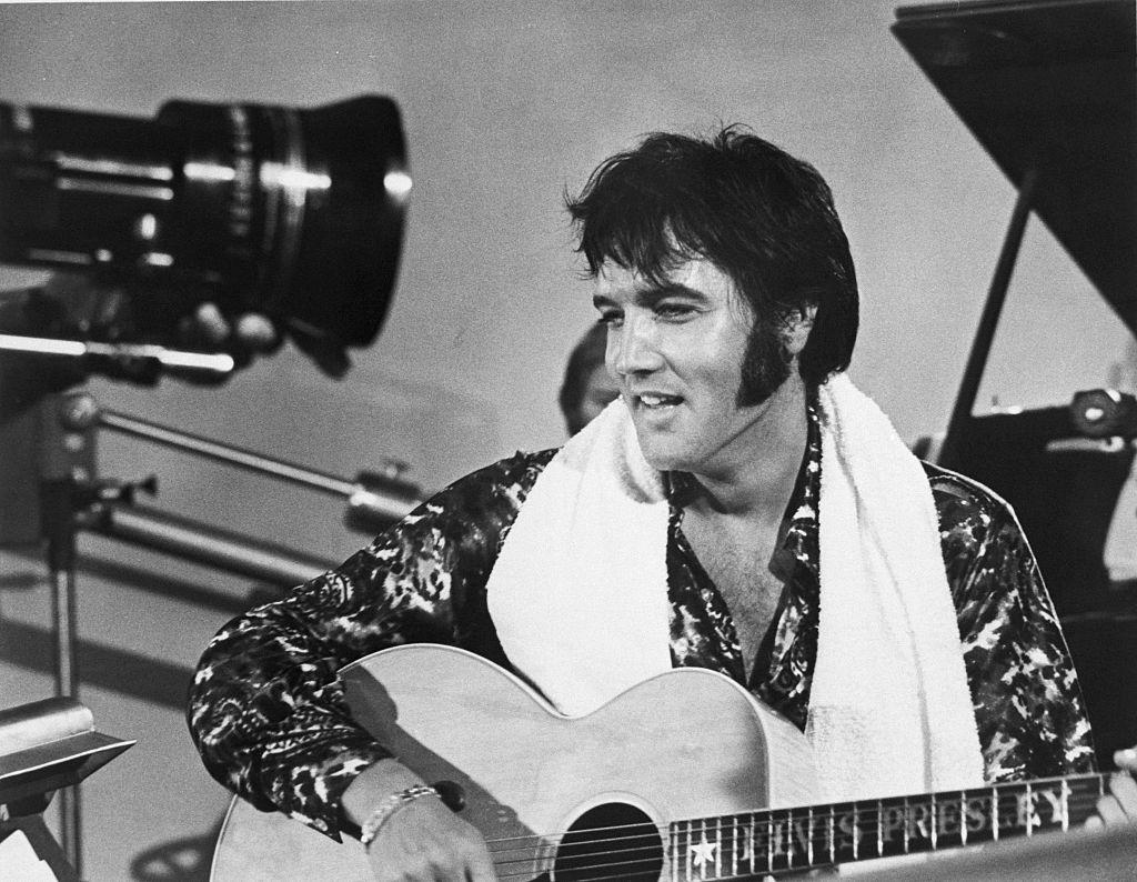 When and how did Elvis Presley die?