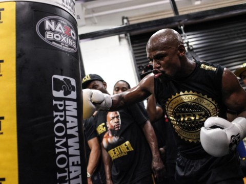 Floyd Mayweather warns Conor McGregor and promises fight 'won't go the distance'