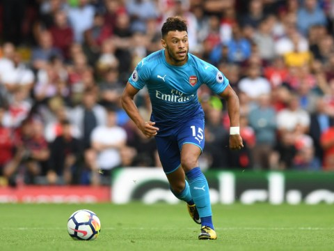 Arsenal would prefer Alex Oxlade-Chamberlain to join Chelsea over Liverpool