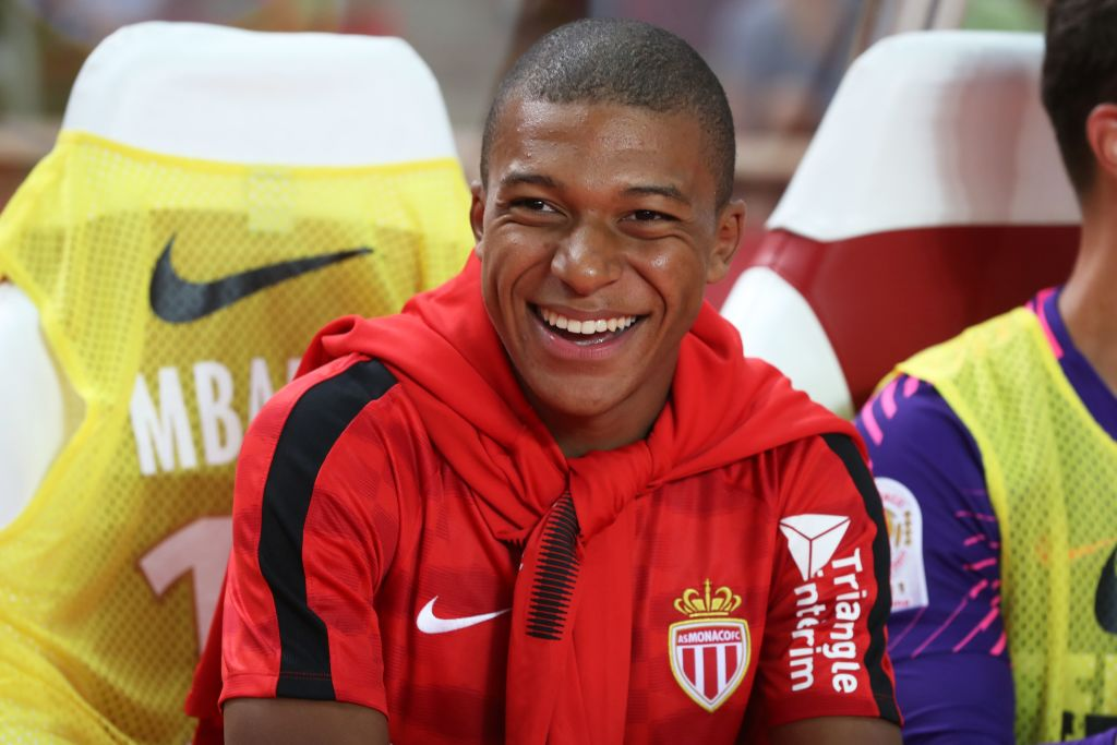 Kylian Mbappe signing announced by Paris Saint-Germain