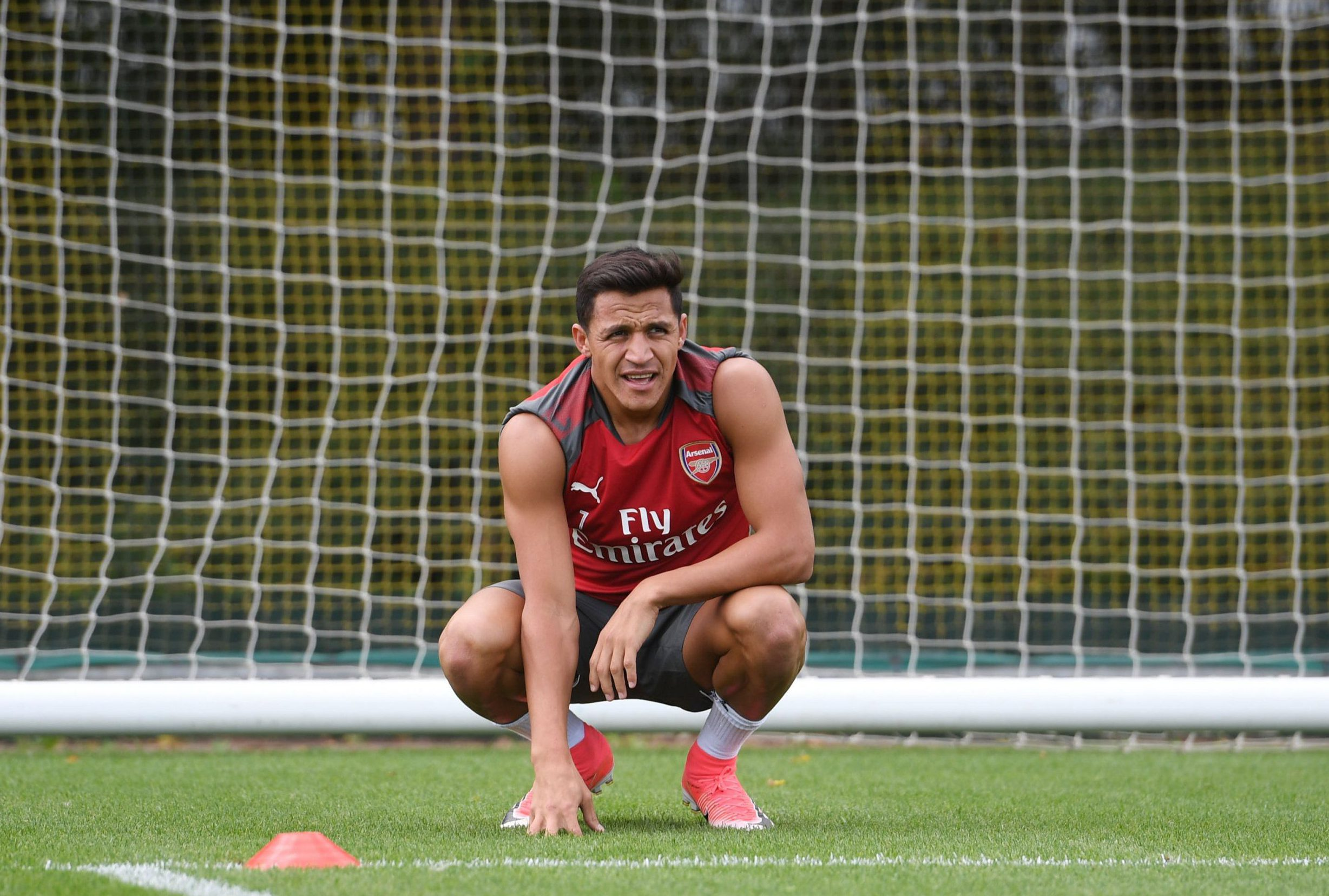 ST ALBANS, ENGLAND - AUGUST 01: Alexis Sanchez of Arsenal during a training session at London Colney on August 1, 2017 in St Albans, England. (Photo by Stuart MacFarlane/Arsenal FC via Getty Images)