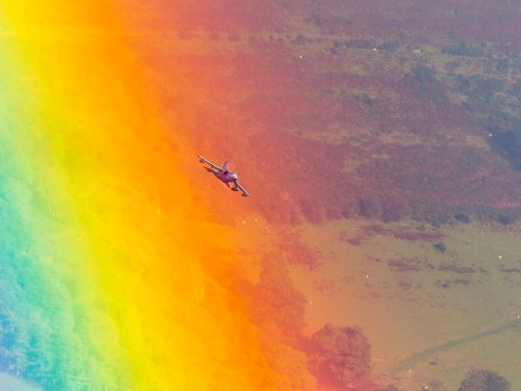 Stunning pictures of RAF fighter jet flying through a rainbow in the Brecon Beacons