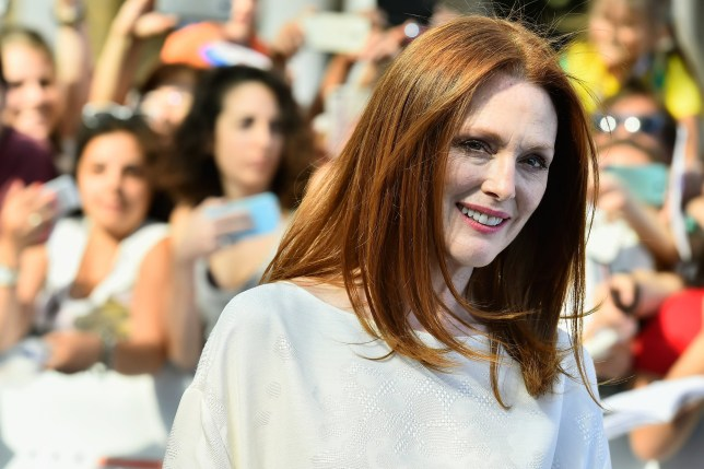 Julianne Moore S Biggest Beauty Regret About Her Eyebrows Is