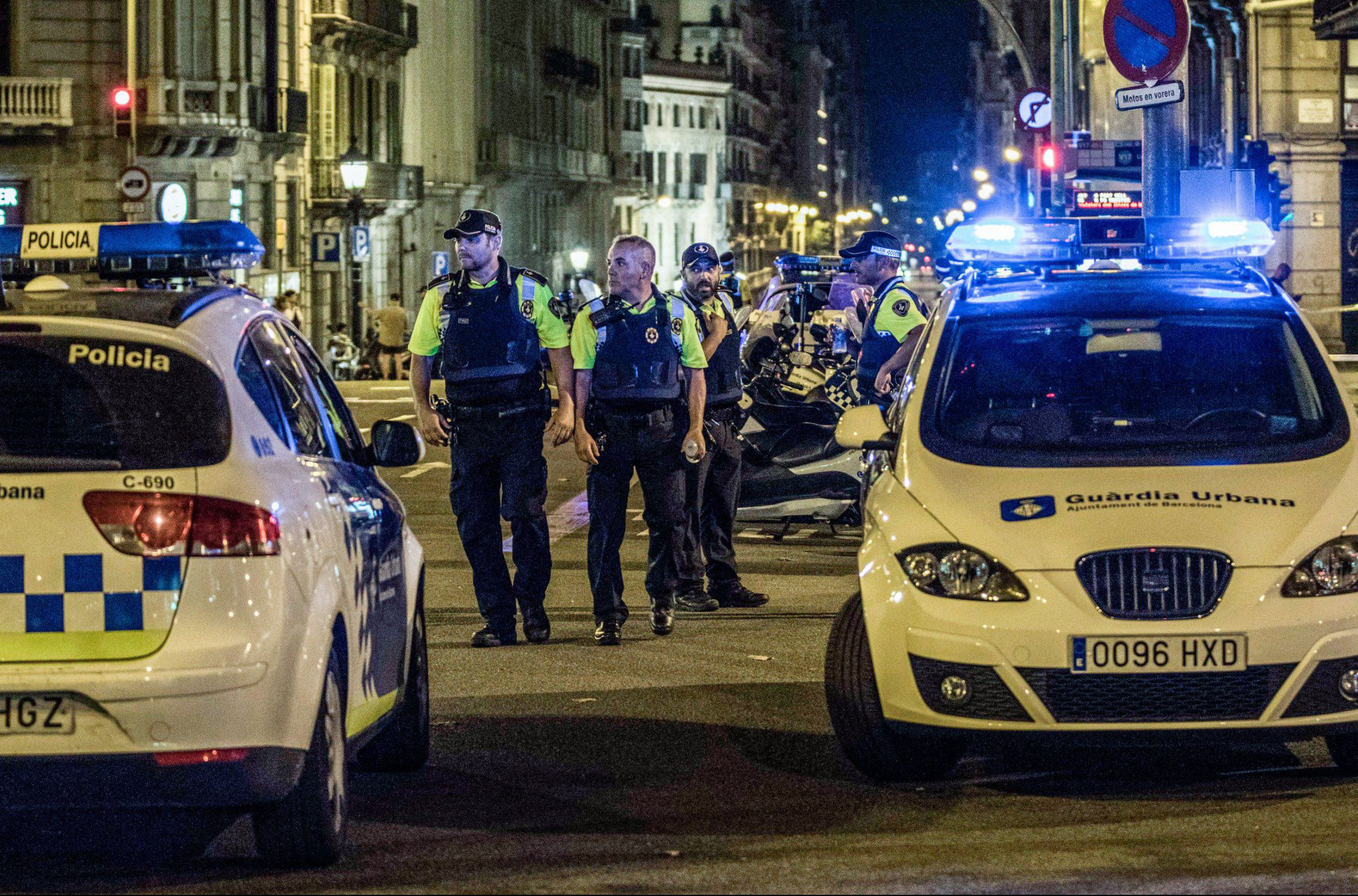 Barcelona terror cell 'dismantled' – but one suspect is still on the run