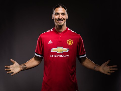 Zlatan Ibrahimovic signs new one-year deal with Manchester United
