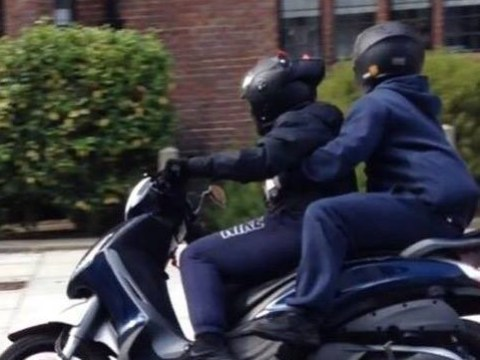 10-month-old baby threatened with 'huge knife' by men on a moped