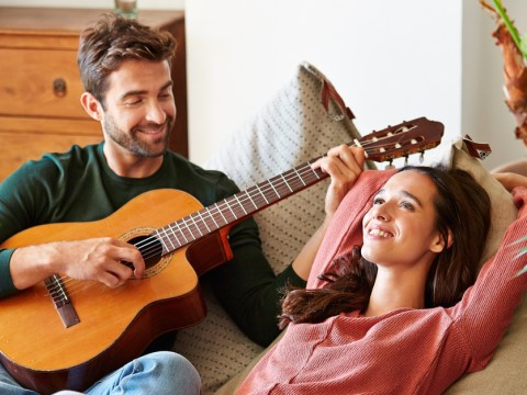 11 reasons why you really shouldn't date a musician