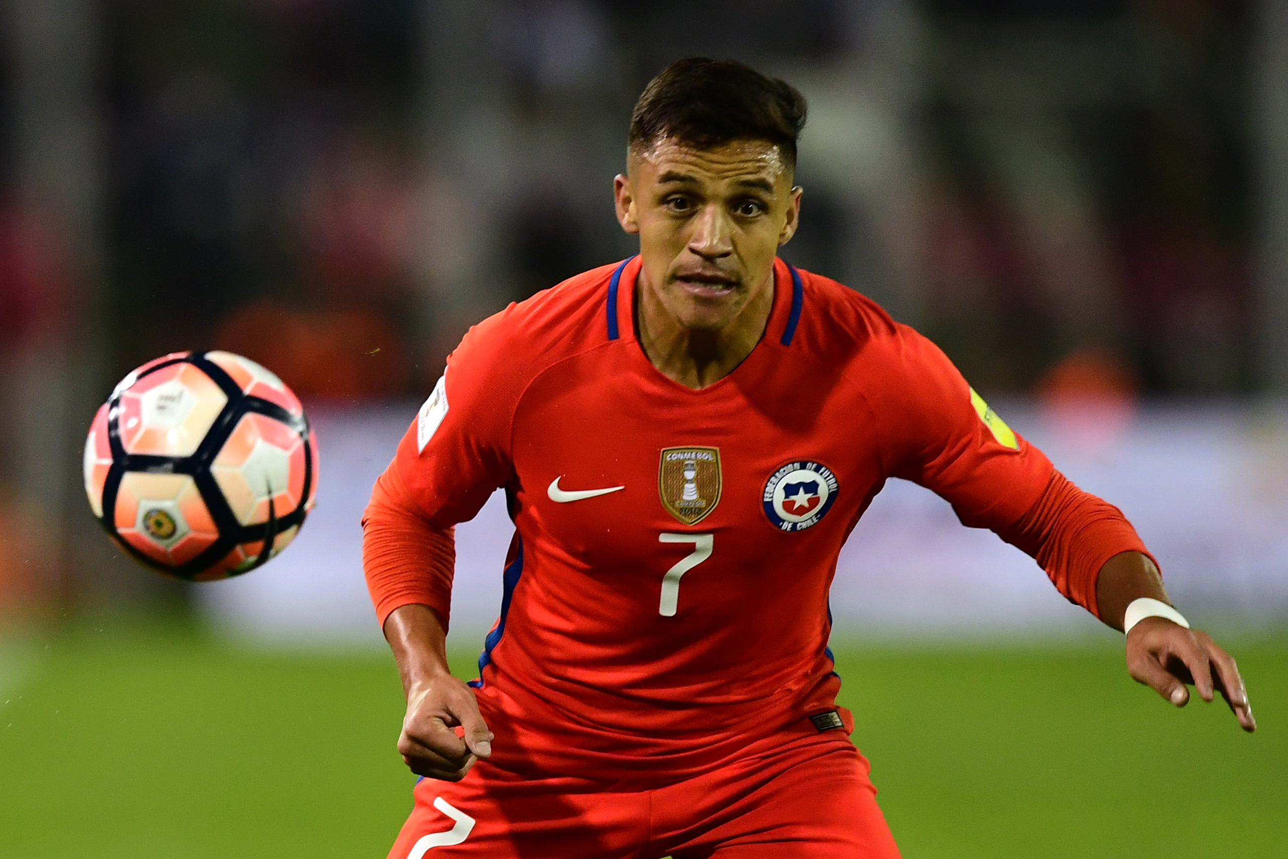 Alexis Sanchez transfer deadline day rumours 'all made up', says Chile team-mate Arturo Vidal