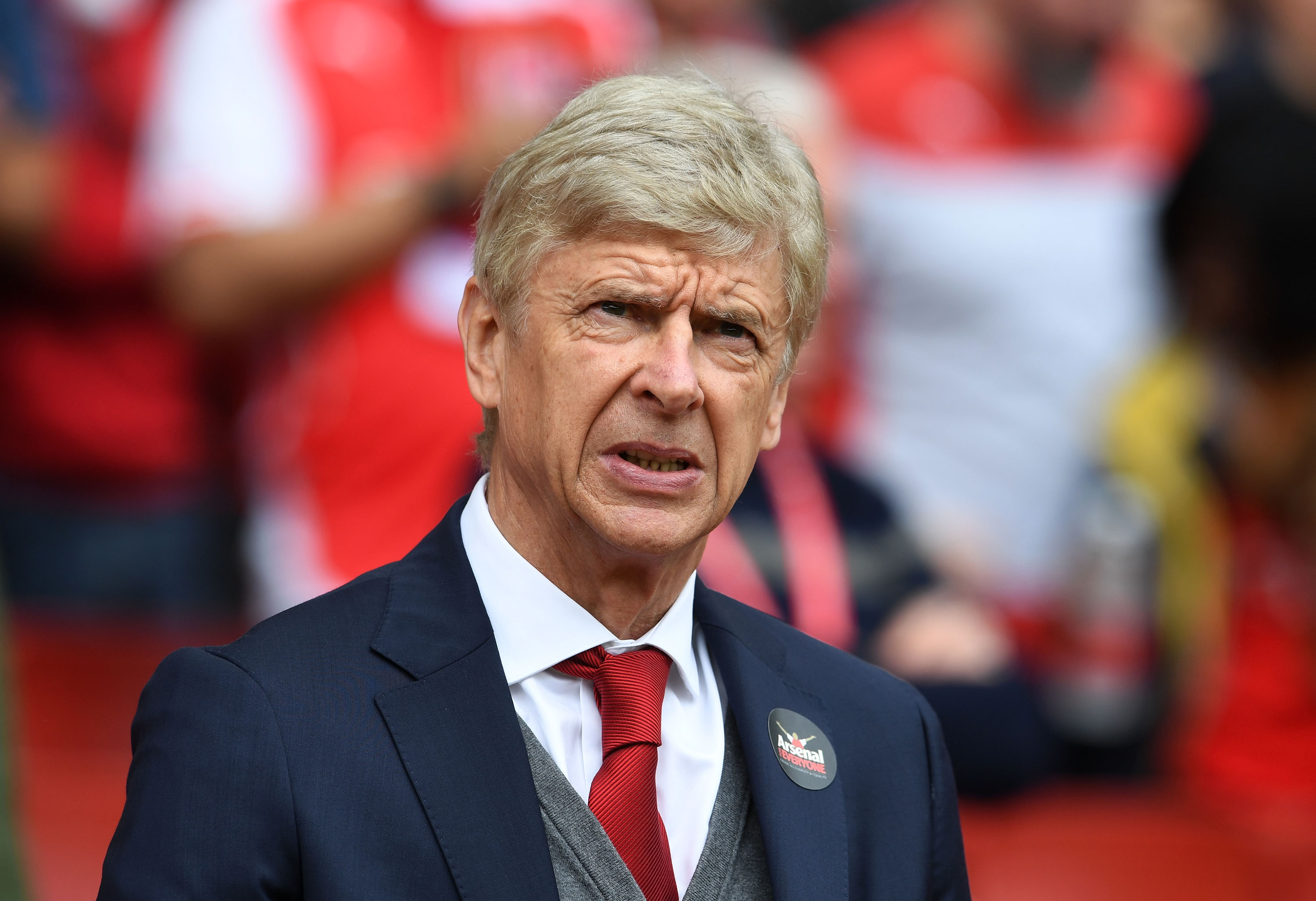 Arsenal legend Lauren assesses Arsene Wenger's side's title hopes