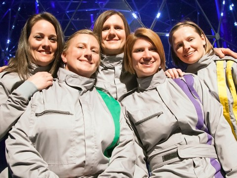 Crystal Maze contestant achieves first fall off beam into water between zones