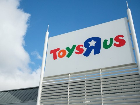 Which Toys R Us stores are closing?