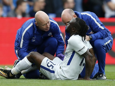 Victor Moses forced off in Chelsea's clash against Crystal Palace with hamstring injury