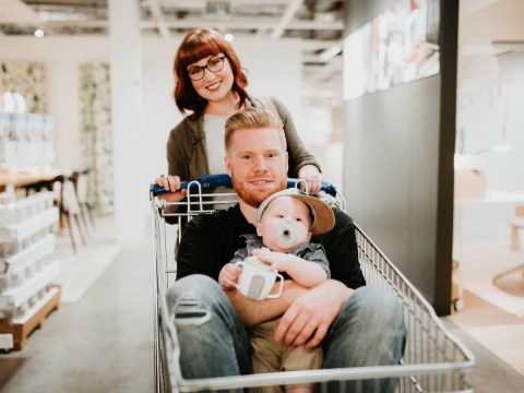 Couple celebrates date nights in Ikea with beautiful family photos