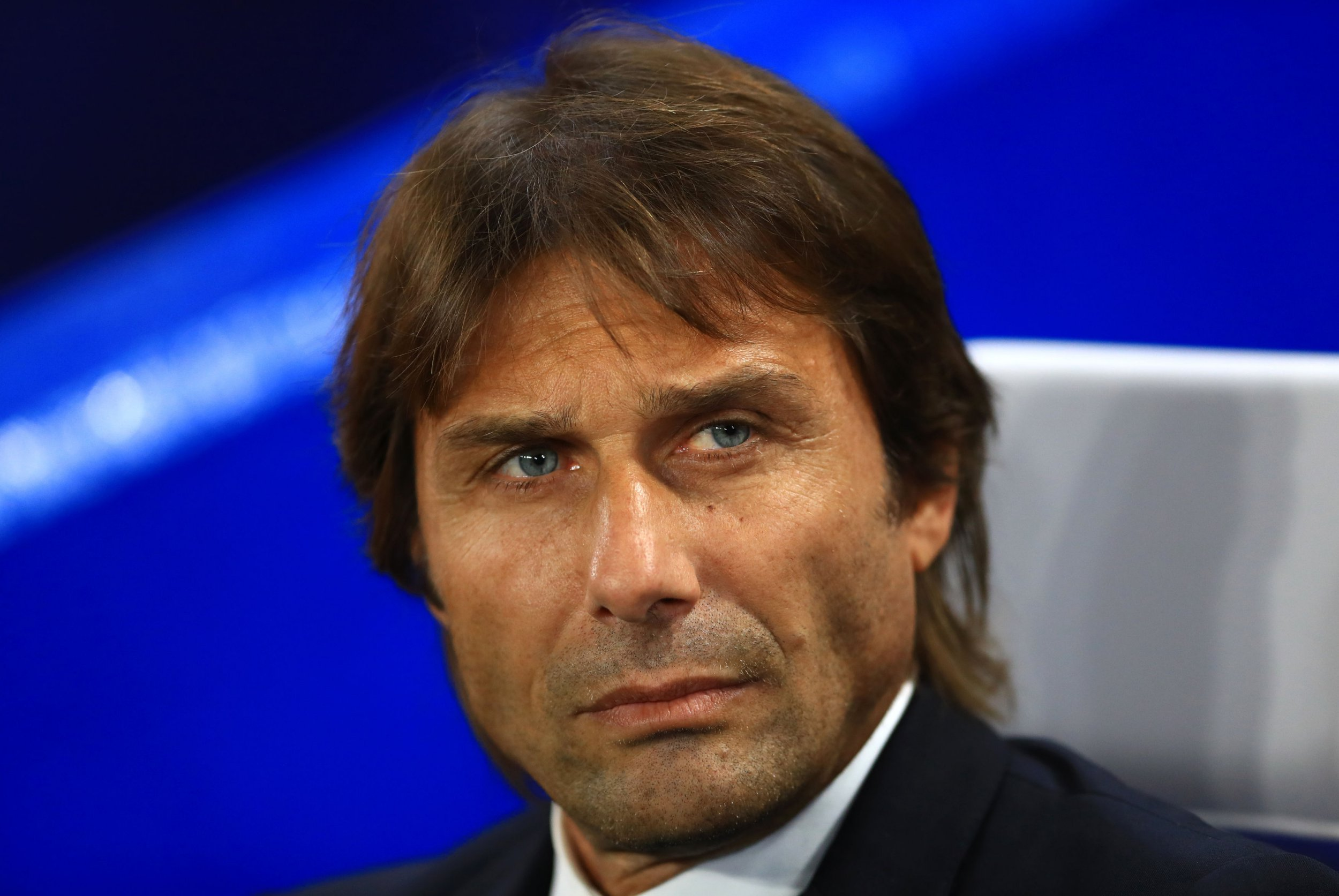 Antonio Conte threatens to drop Chelsea stars for questioning his decisions