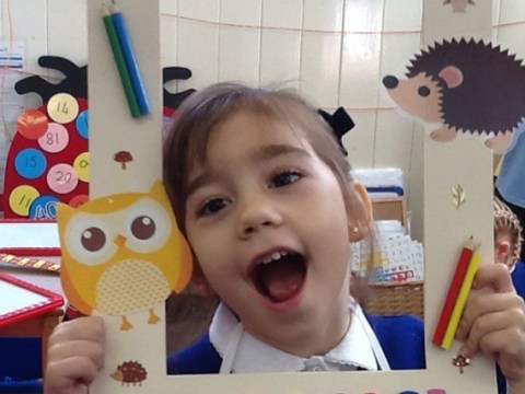 Girl, 4, defines bravery as she starts school despite inoperable brain tumour