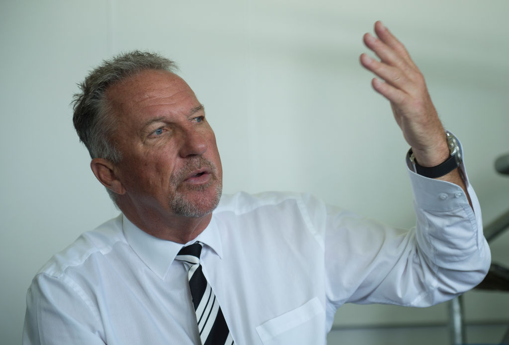 England hero Ian Botham aims last-ditch dig at Australia ahead of Ashes showdown
