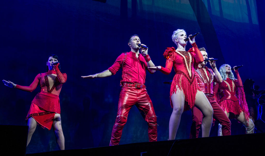 Steps brought the biggest pop party to London and it was a hotbed of glitter and nostalgia