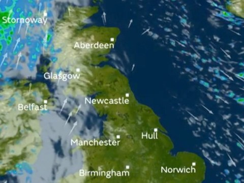 First snow of the year hits UK with temperatures set to plummet tonight
