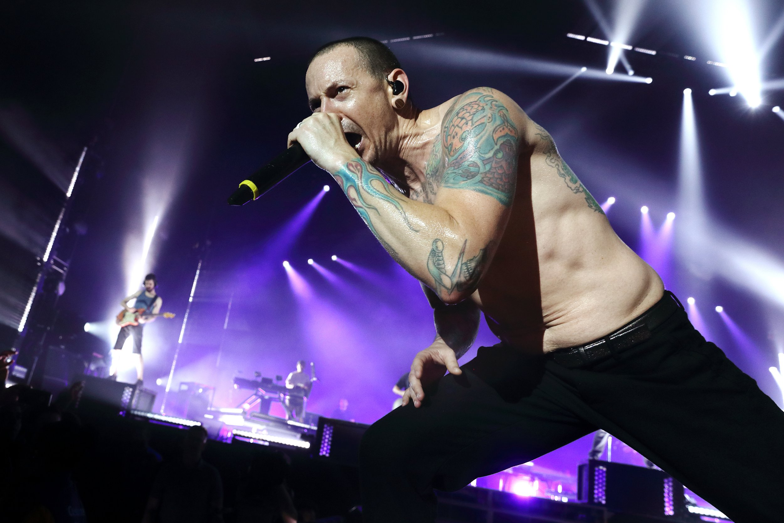 Linkin Park dedicate One More Light live album to Chester Bennington