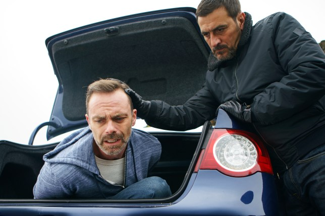 Peter tries to kill Billy in Coronation Street